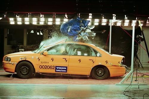 Volvo realiza 2000 test de choque en siete años en su centro de investigación