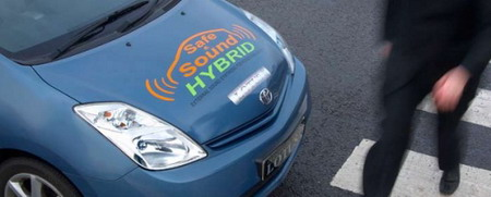 Coches híbridos o eléctricos, un posible peligro para los peatones