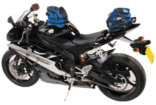 El transporte de equipaje en la moto