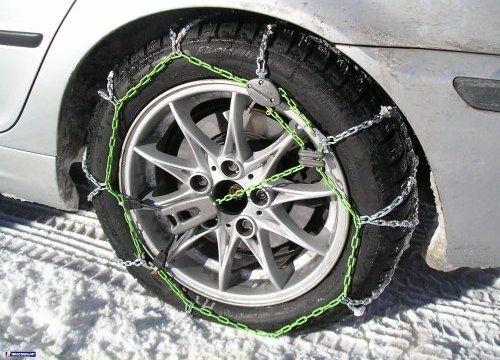 Cómo colocar las cadenas para circular sobre nieve
