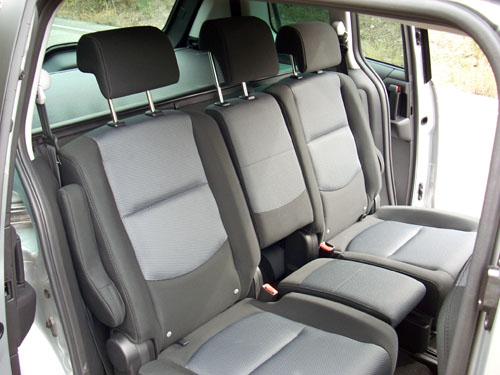 Reposacabezas - Mazda5