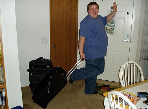 Nos vamos de vacaciones (2): Cargar maletas cuidando la espalda