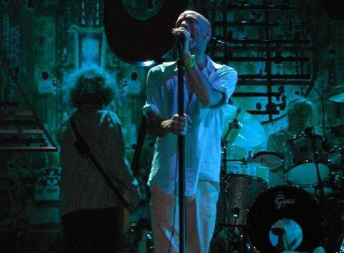 Michael Stipe, cantante de REM, en concierto