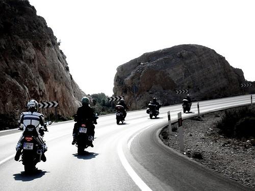 Conducción de motocicletas, la Física (2)