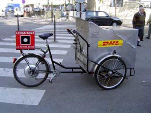 Bicicleta de DHL en París
