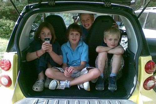 Vuelve la polémica sobre las sillas infantiles en taxis