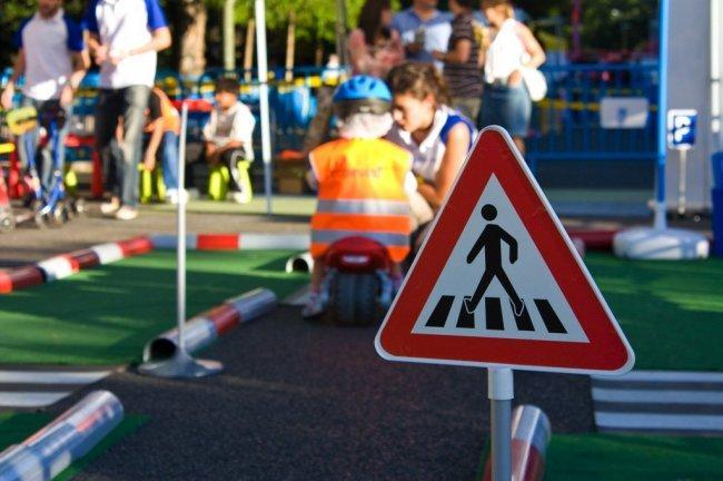 Muévete por Madrid en Moto. Educación vial para los más pequeños