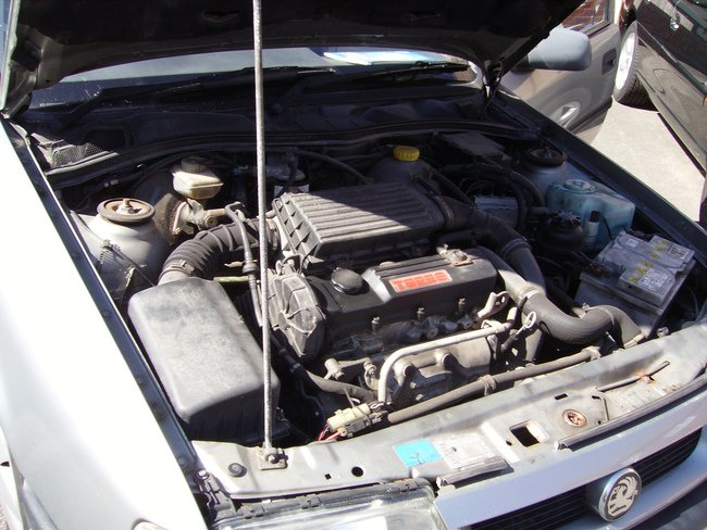 El propio motor puede ayudarnos a frenar el vehículo