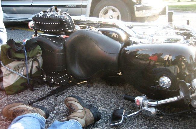 Herido por caída de una moto