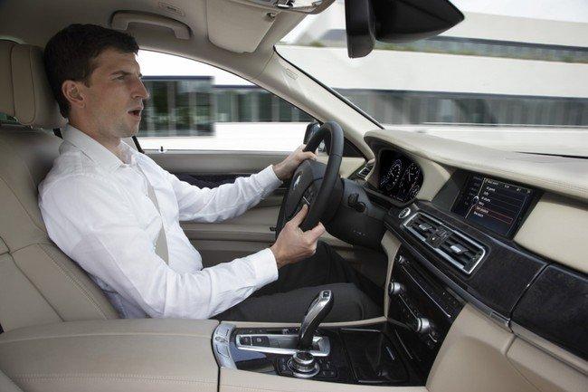 Hablar con el coche ya no es ciencia-ficción