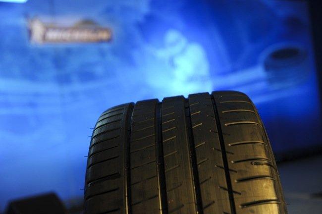 Neumáticos, del circuito a la carretera