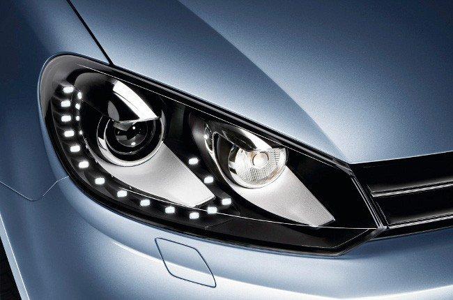 Luces de conducción diurna, cómo usarlas correctamente