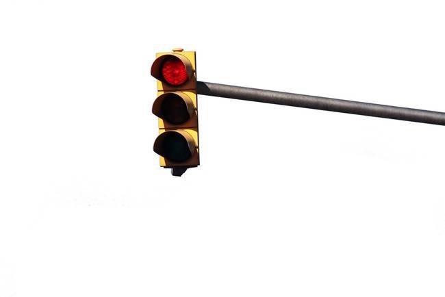 Olot apaga los semáforos por la noche como medida de ahorro