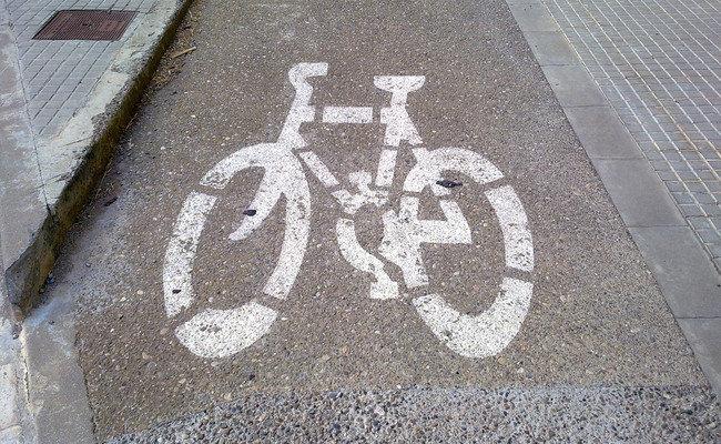 Ciclistas con una normativa específica de circulación