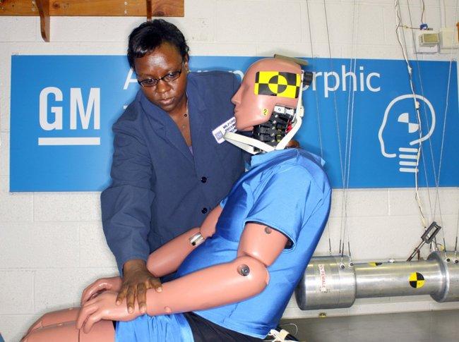 BioRID, un nuevo dummy especializado en la investigación de choques por alcance