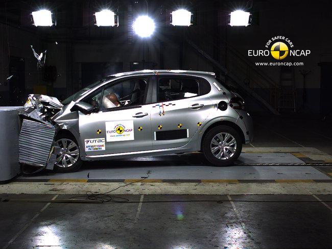 Crash test del Peugeot 208