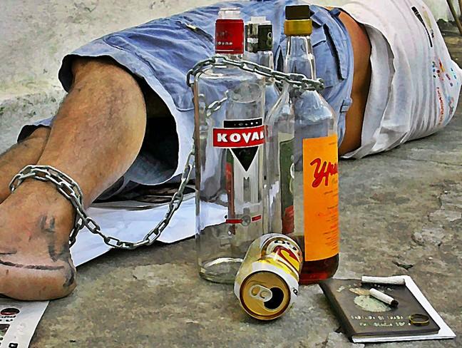 Condenados por alcohol, por conducir sin permiso o por distracción: la Fiscalía quiere vuestra reeducación