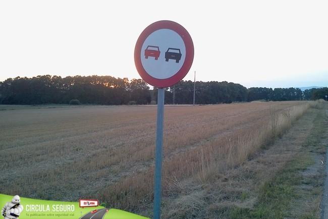 Adelantamiento prohibido