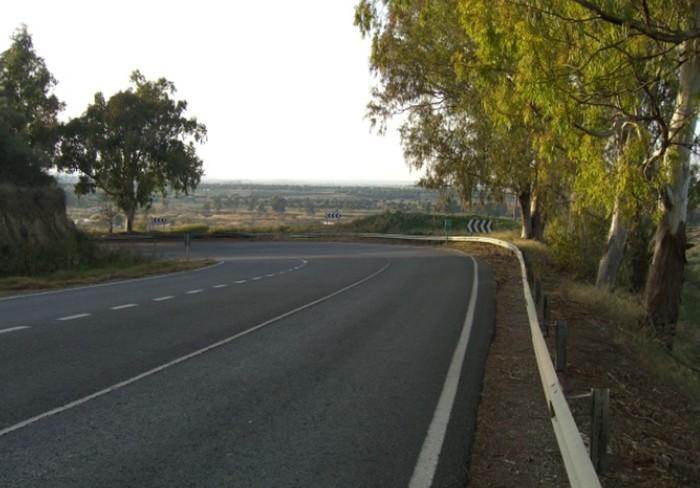 Fotografía tomada de la misma curva en el año 2007