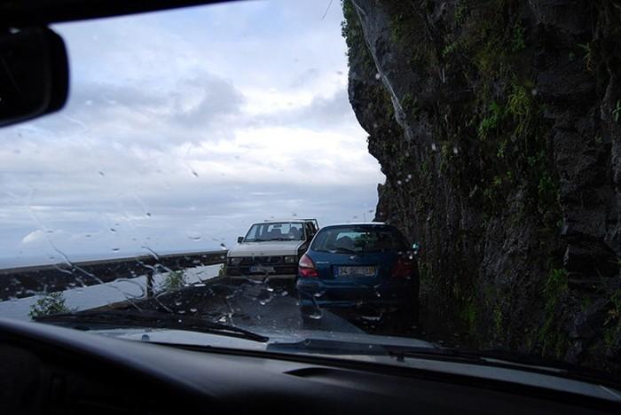 Carriles estrechos ante la falta de previsión en la carretera