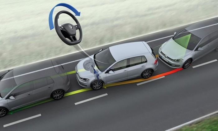 Asistente de mantenimiento en carril: ¿comodidad o seguridad?
