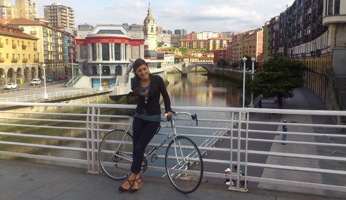 """Amaia Garate: """"Una sociedad con ciclistas es una sociedad más sana"""""""