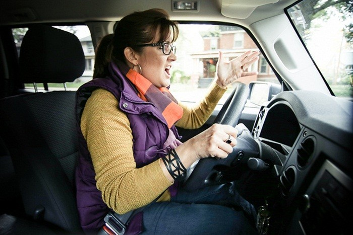 ¿Por qué somos agresivos al volante?