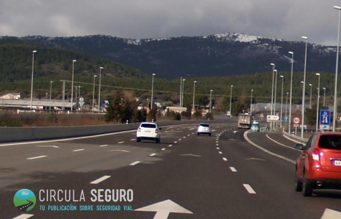 Debería haber más chevrones de distancia de seguridad en nuestras carreteras