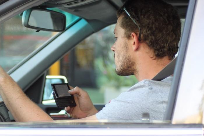 El radar que sabe si estás enviando mensajes mientras conduces