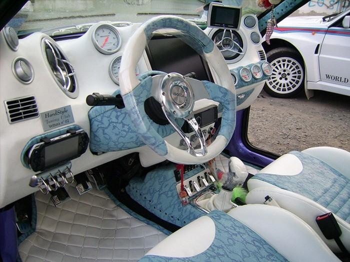 Reformas de importancia en vehículos (2): Cambiar el volante