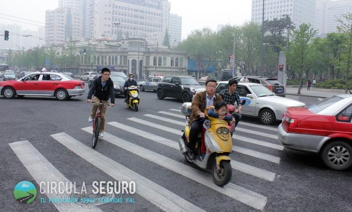 Sobrevivir al caos de Shanghái, donde las normas de tráfico simplemente no se cumplen