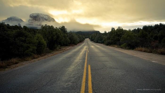 Por qué hace más frío al amanecer y cómo me puede afectar al volante