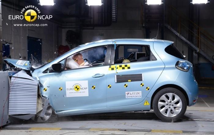 Renault-ZOE-Euro-NCAP-01-700px