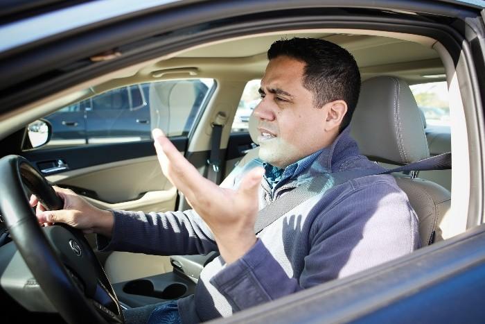 ¿Eres de los que se altera al volante?