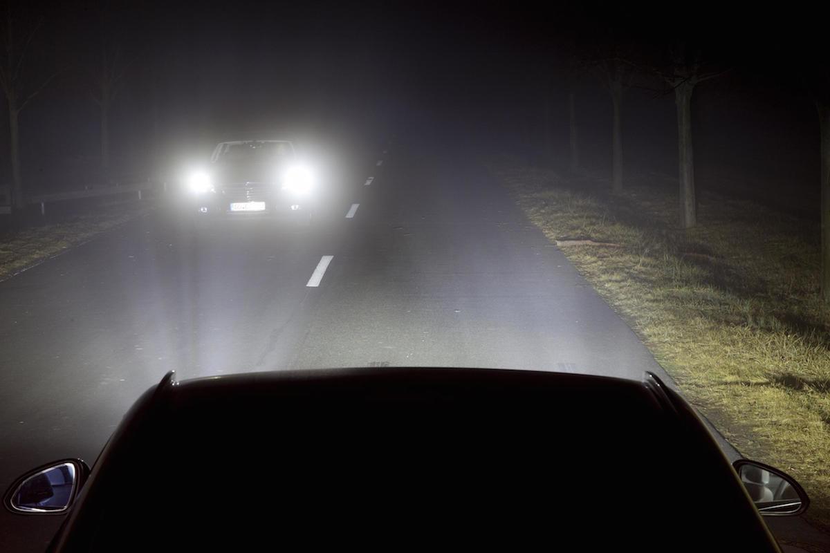 conducir por la noche