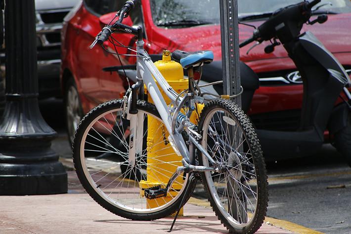 Hábitos de uso de los usuarios de bicicletas: ¿Qué vías utilizan? ¿Cumplen las normas?
