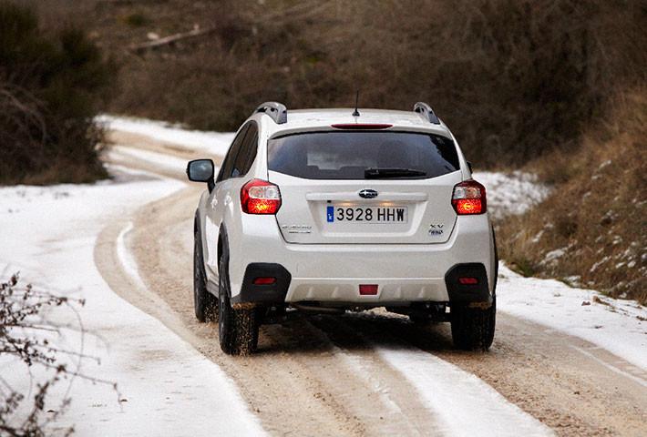 Nieve, hielo y viento, ¿cómo reducir el riesgo al volante?