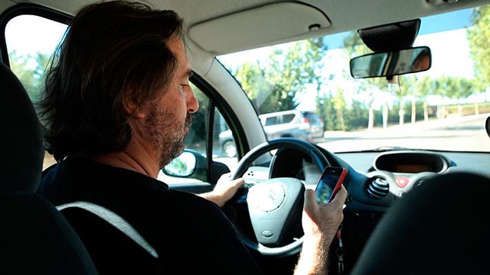 Escribir mensajes al volante