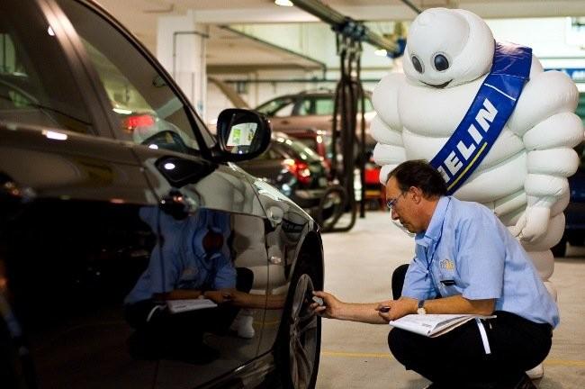 Revisión presión de neumáticos