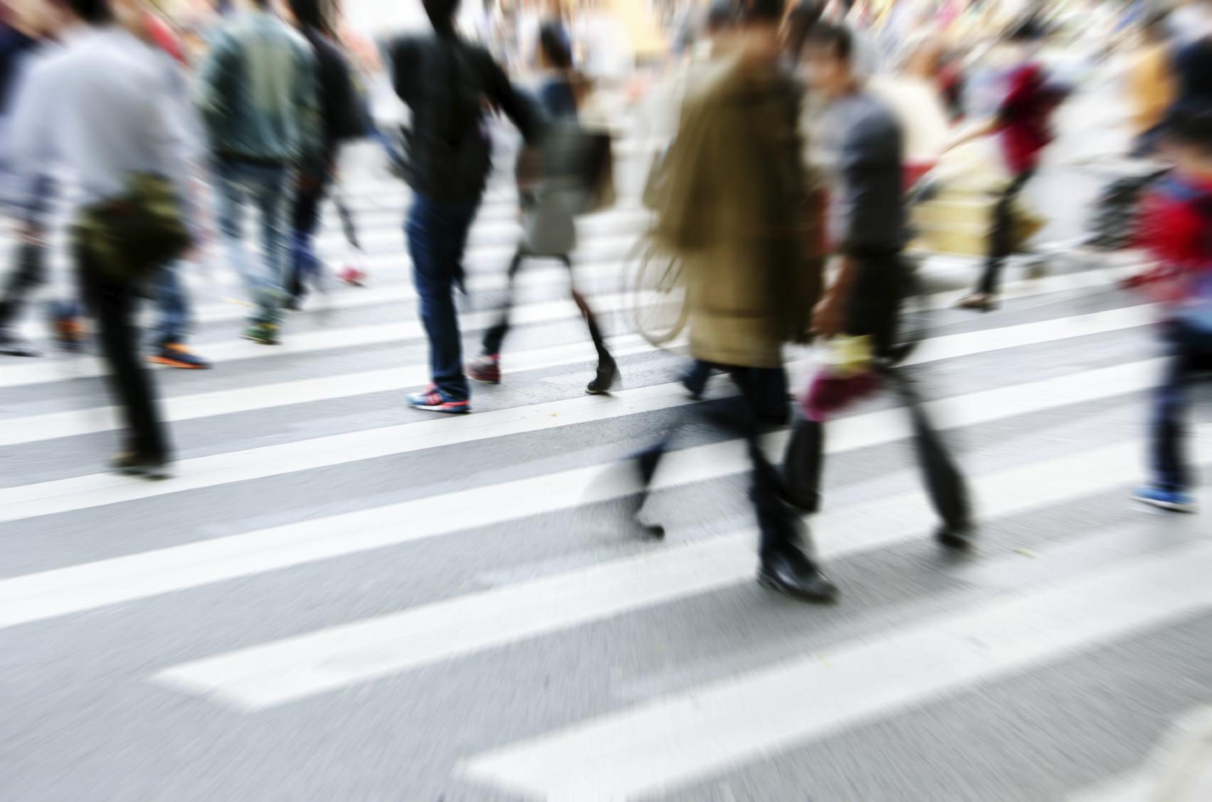 Francia instala cámaras para controlar los STOP y pasos de peatones, ¿disminuirán las infracciones?