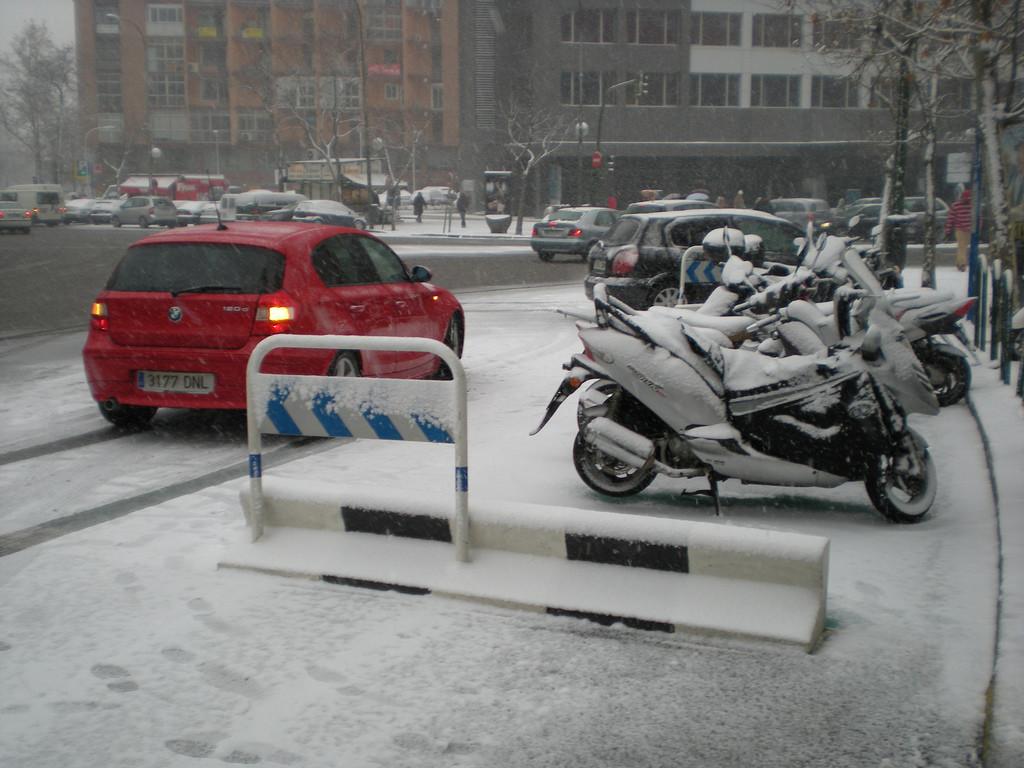 La moto y el mal tiempo: ¿Dónde está el límite para salir a la carretera?