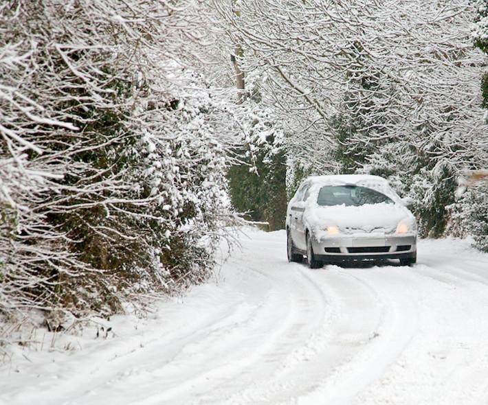 Básicos para poner a punto tu coche en un día de nieve