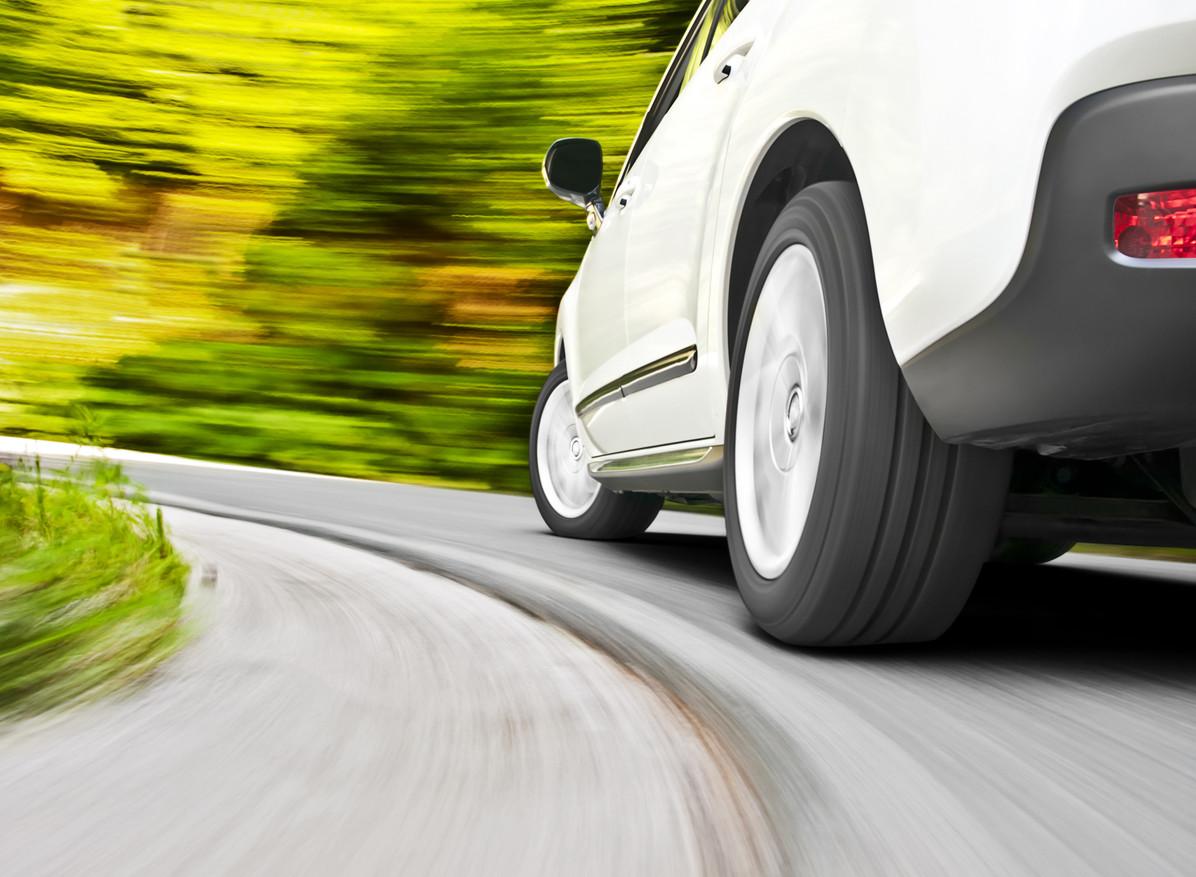 El mantenimiento de los elementos de estabilidad del coche: más alla de los amortiguadores