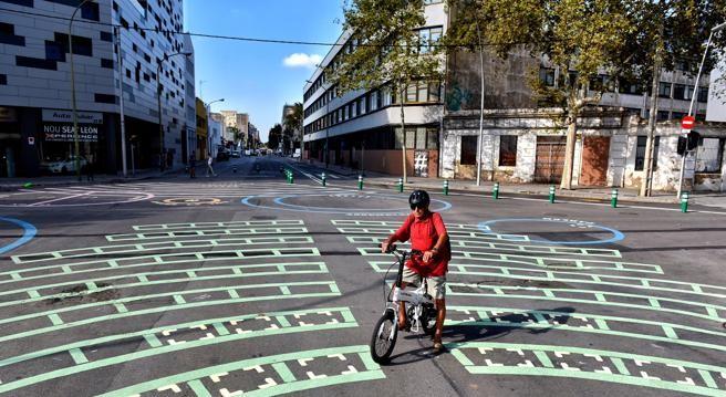 Qué son las supermanzanas y qué aportan a la seguridad vial en las ciudades
