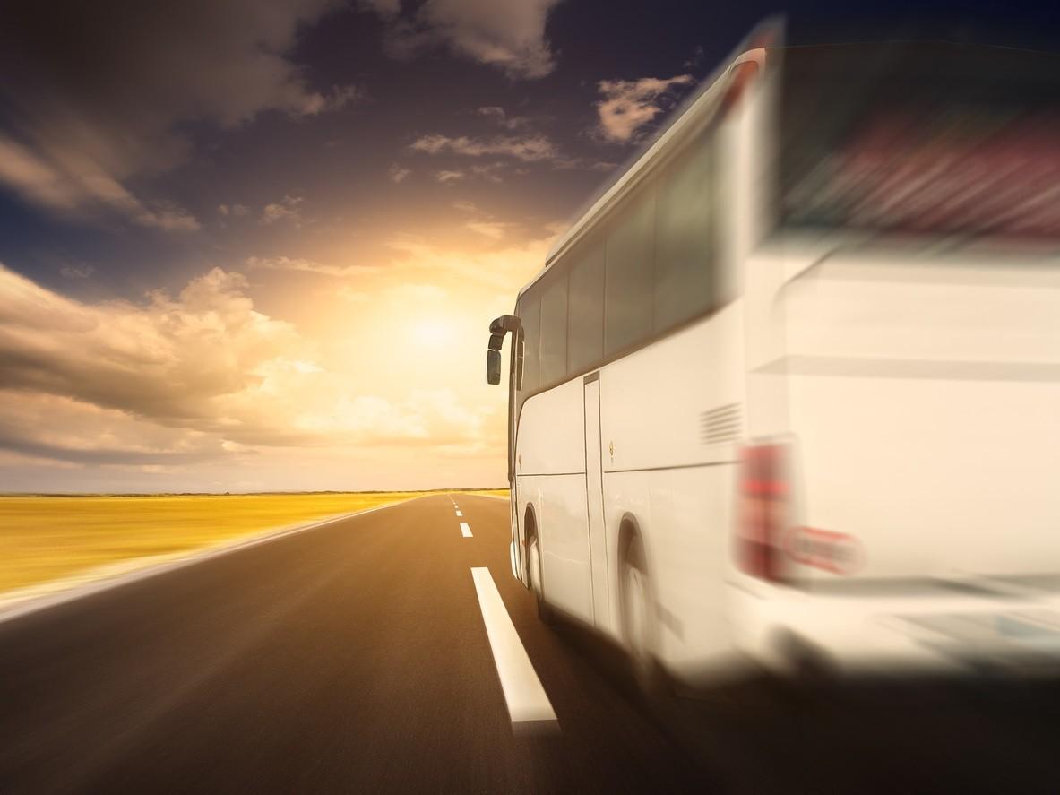 Aquí tienes razones para utilizar el cinturón cuando viajas en autobús
