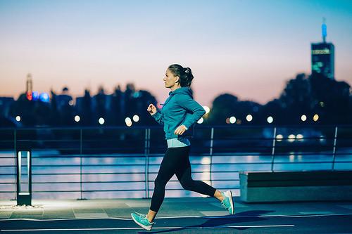 Las ocho precauciones que un runner ha de tener para su seguridad vial