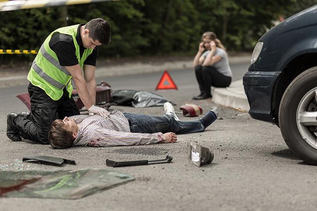¿Qué hacer en caso de presenciar un accidente? Revisamos el protocolo PAS