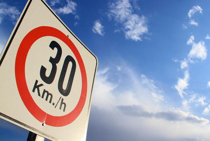 Cinco razones de peso para defender los 30 km/h en entornos urbanos