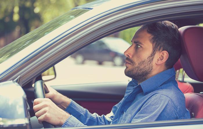 Acrofobia, agorafobia o la gefirofobia: las fobias desconocidas que afectan a la conducción
