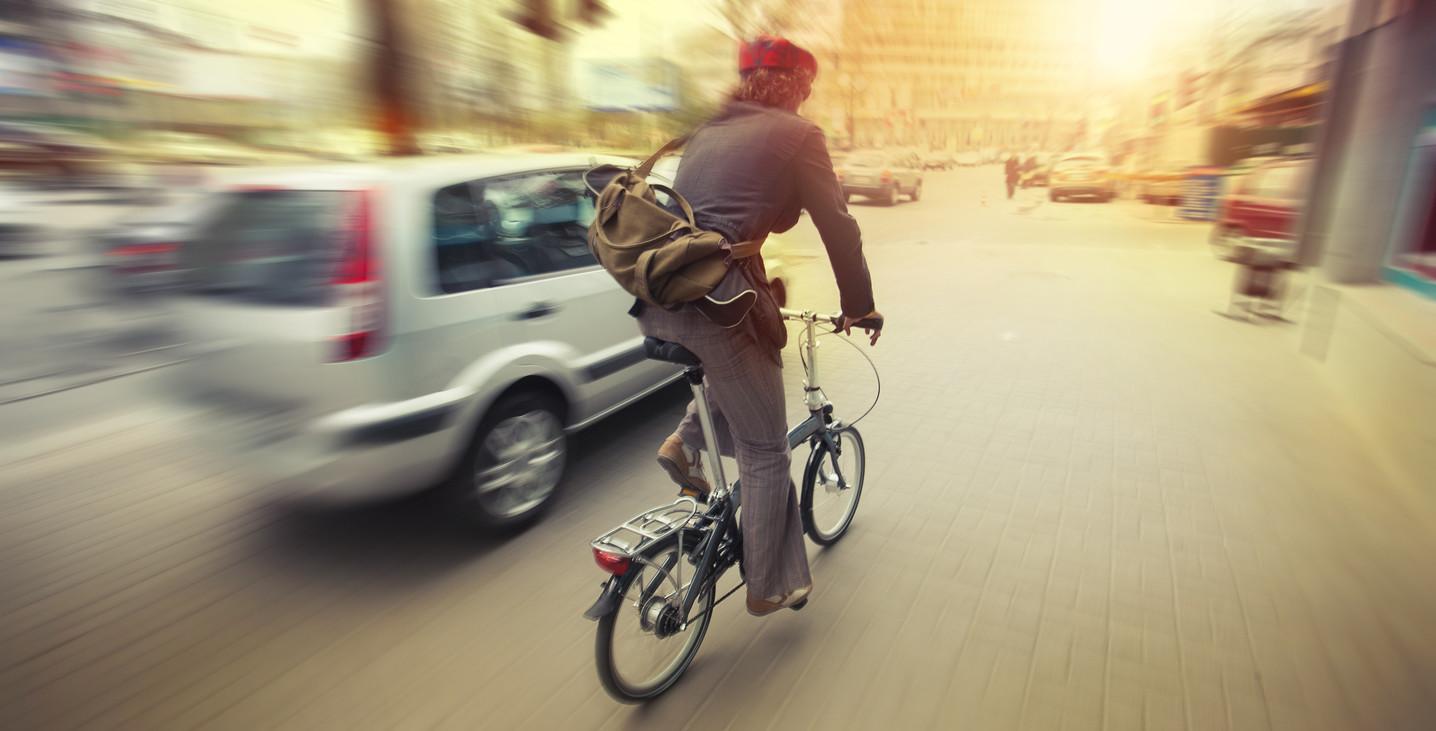 Cómo circular con seguridad en bicicleta por la ciudad